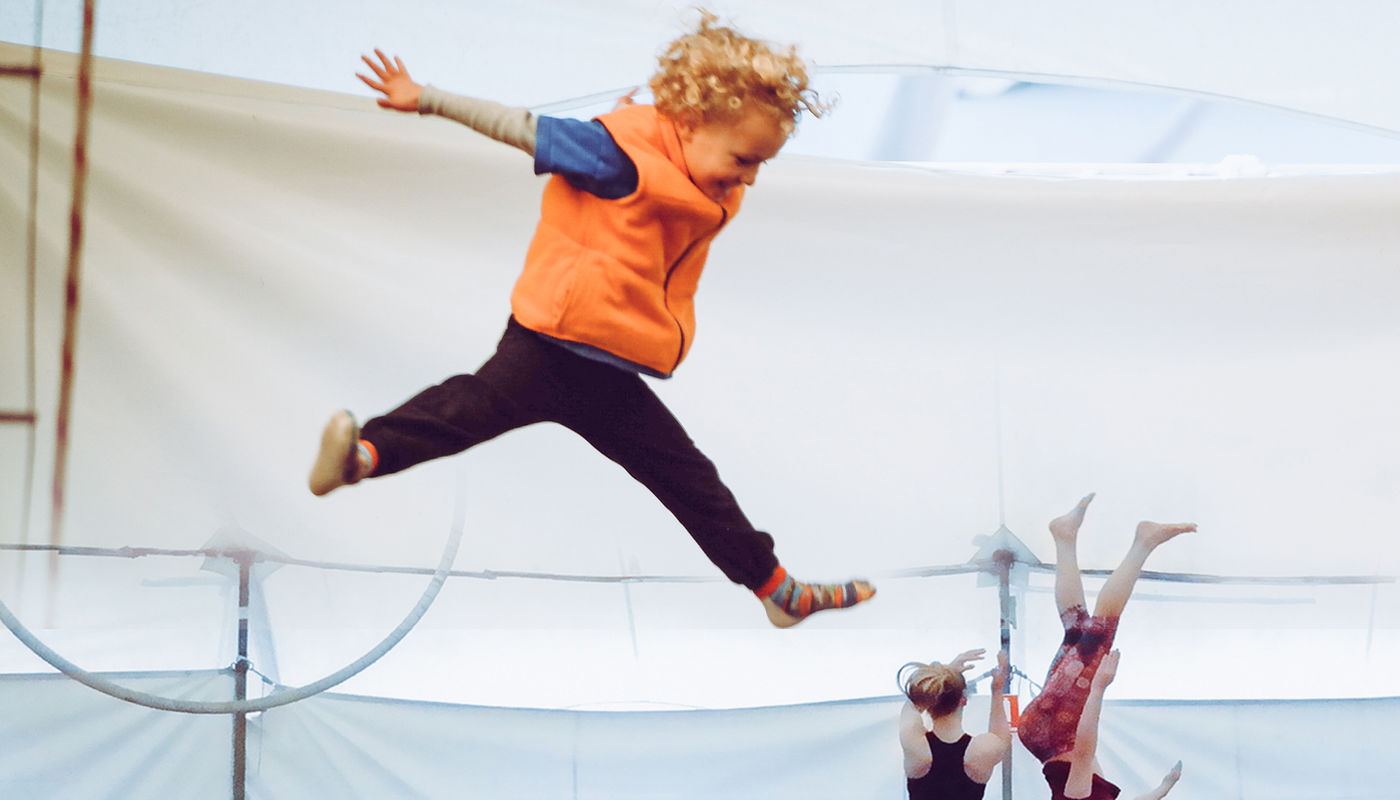 Flip and Fly Circus for ages 5 to 8 - Circus Events - CircusTalk