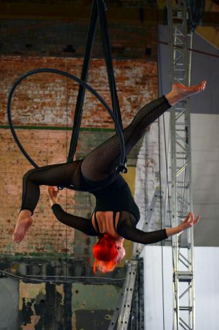 Aerial Intro Hoop Workshop with Rio Willett - Circus Events - CircusTalk