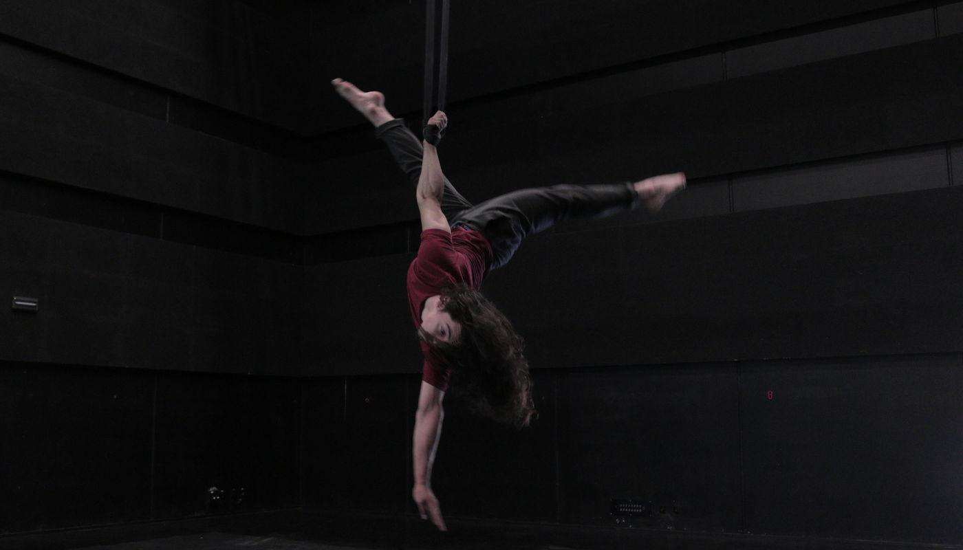 Aerial straps classes  - Circus Events - CircusTalk