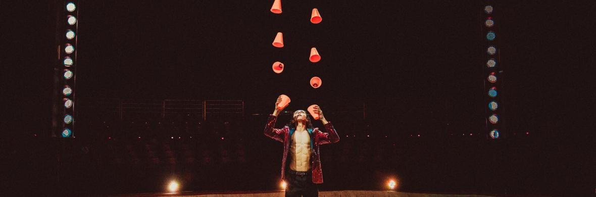 Juggler Shaker Cups - Circus Acts - CircusTalk