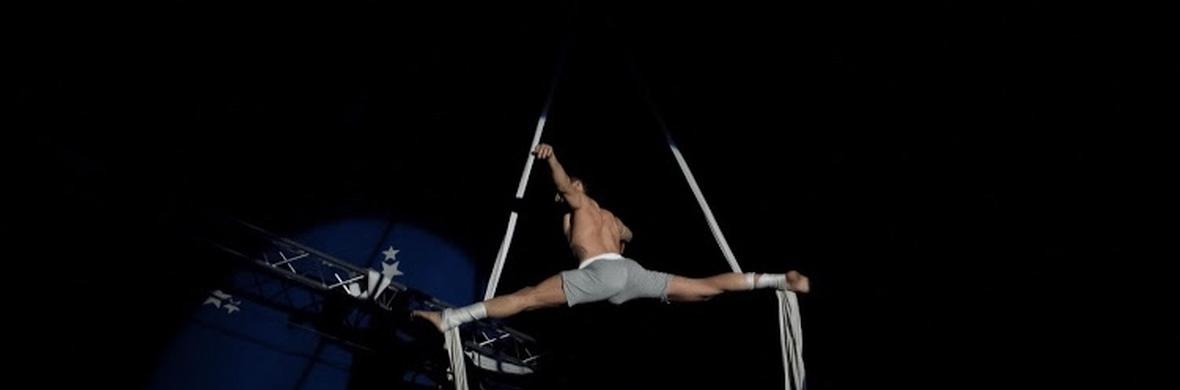 Balance split - Circus Acts - CircusTalk