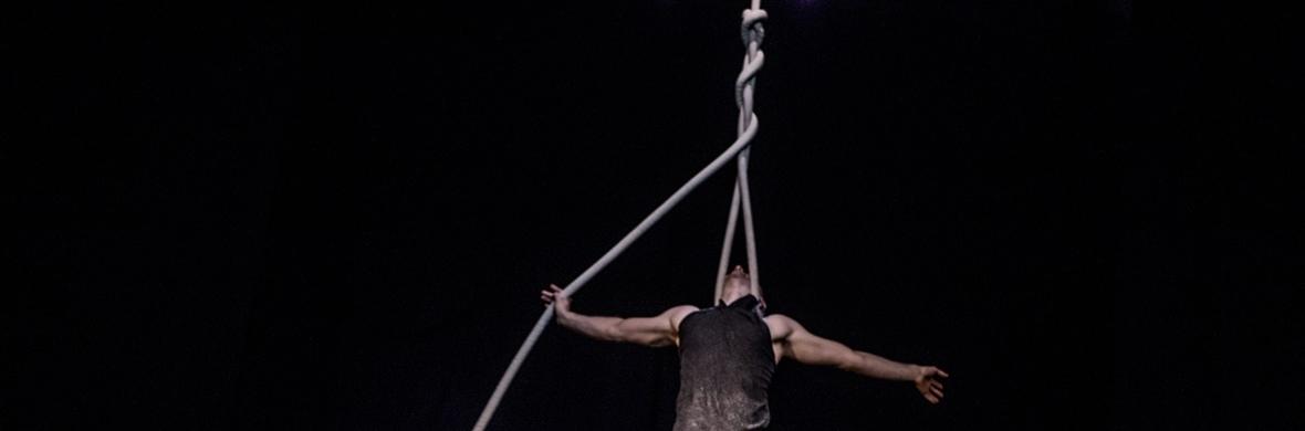 10,000 Claps - Circus Acts - CircusTalk