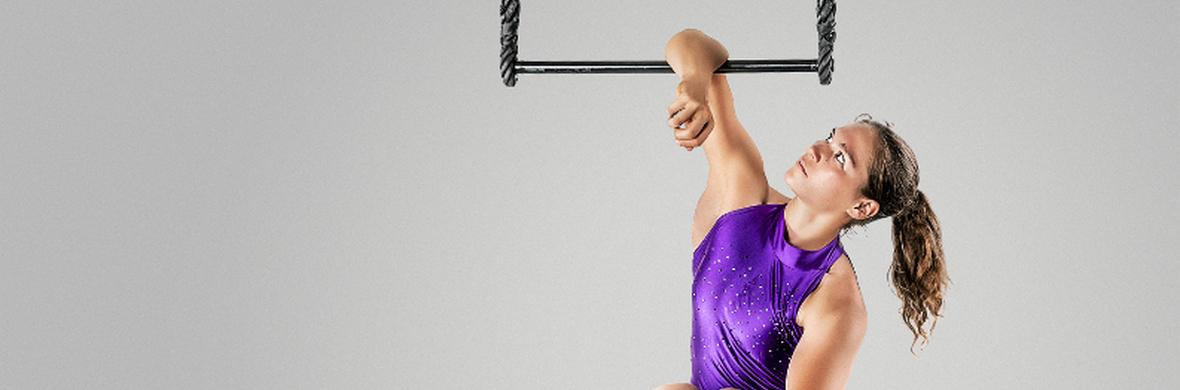 Static Trapeze Act - Circus Acts - CircusTalk