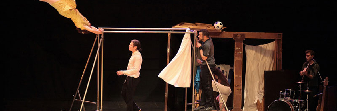 CAPAS - Circus Shows - CircusTalk