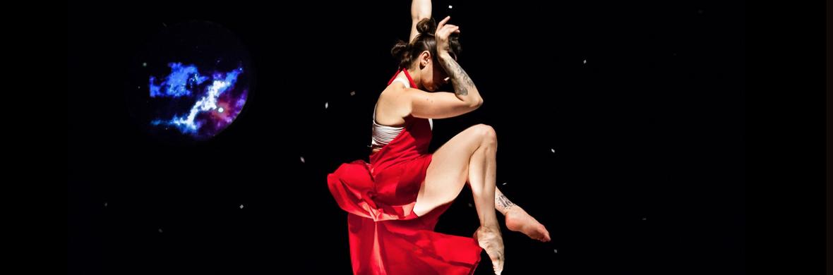 XOXO Moongirl - Circus Shows - CircusTalk