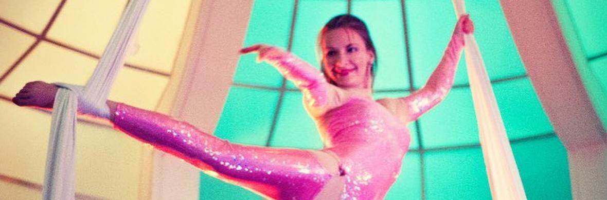 Barbie girl - Circus Acts - CircusTalk