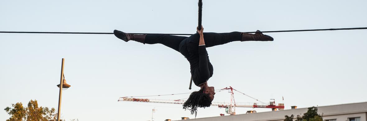 SOKA-TIRA, small scale, participative high wire performance - Circus Shows - CircusTalk