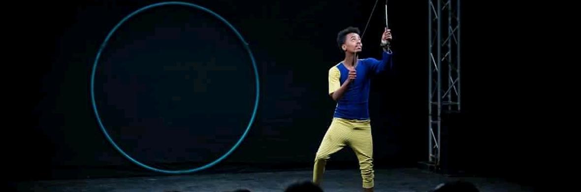 Solo diabolo act - Circus Shows - CircusTalk