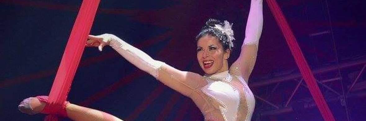 Emi Velkova ::: Aerial Silks  - Circus Acts - CircusTalk
