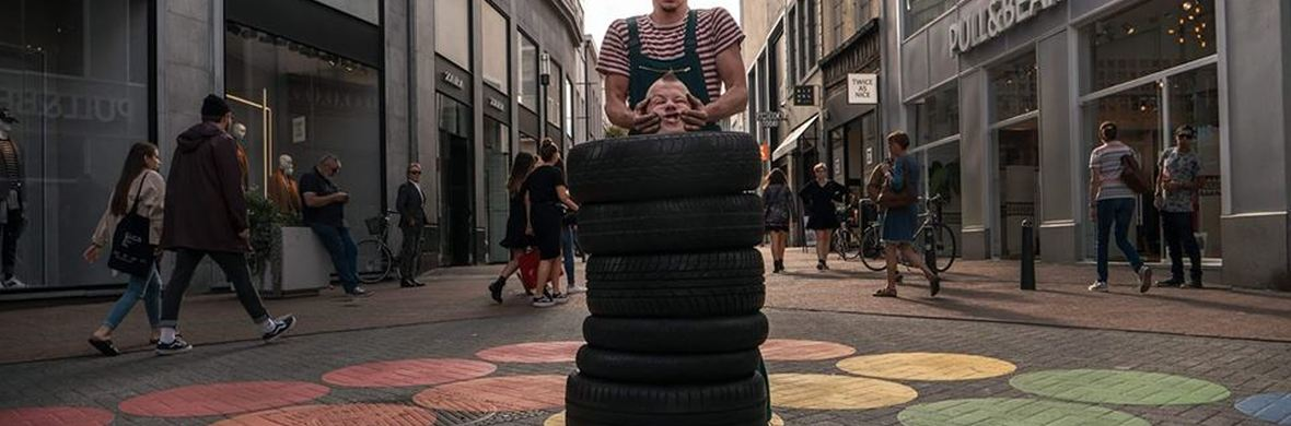 Tired of balls - Circus Acts - CircusTalk