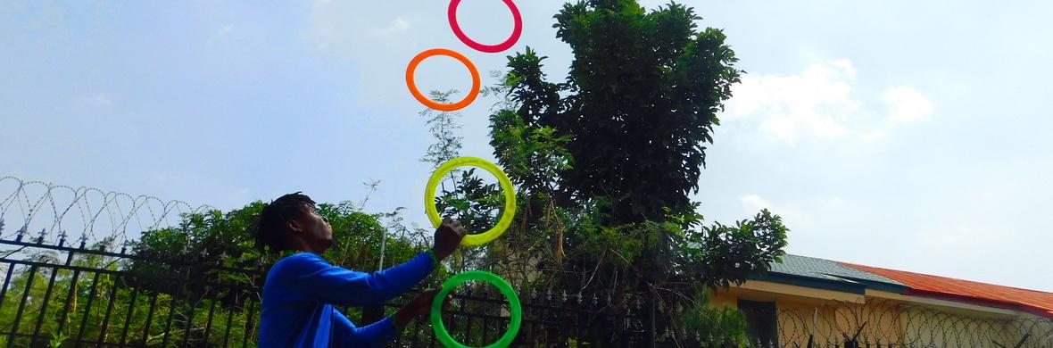 Voyage - Solo Juggling Act - Circus Acts - CircusTalk