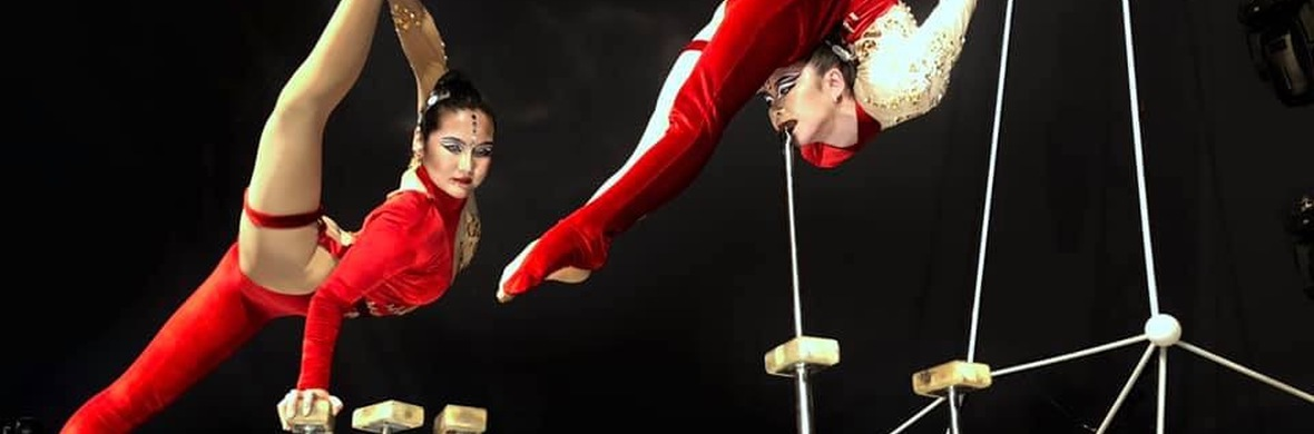 Duo contortion - Circus Acts - CircusTalk