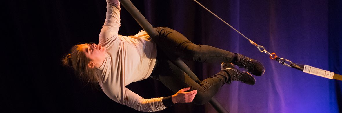 Una Full Act - Circus Acts - CircusTalk