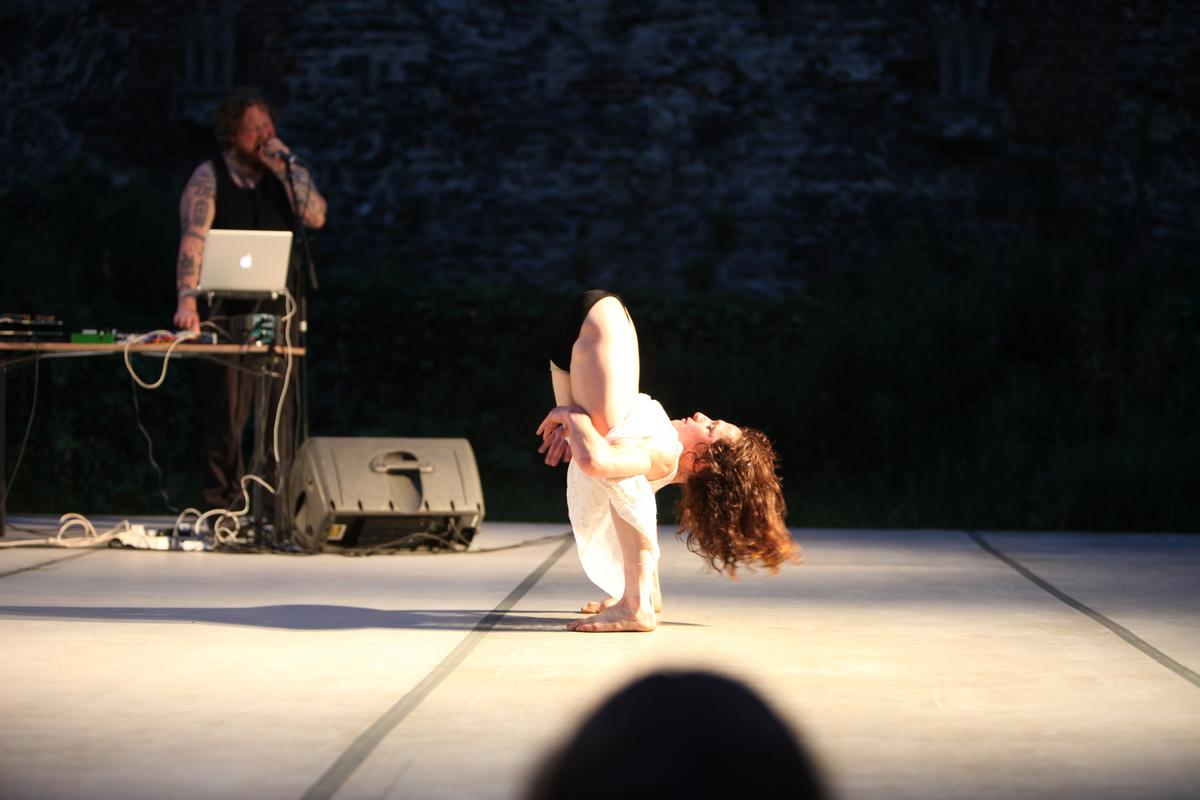 'Black Regent' Choreography Iona Kewney Composer Joseph Quimby. - Circus Events - CircusTalk