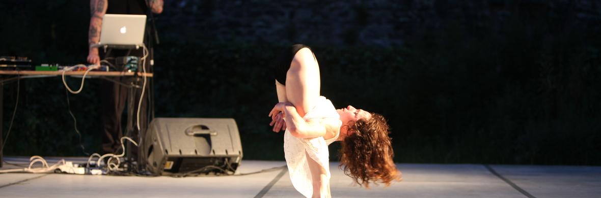 'Black Regent' Choreography Iona Kewney Composer Joseph Quimby. - Circus Shows - CircusTalk