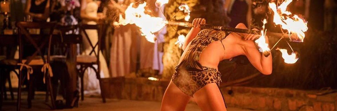 Pirata Louca Fire - Circus Shows - CircusTalk
