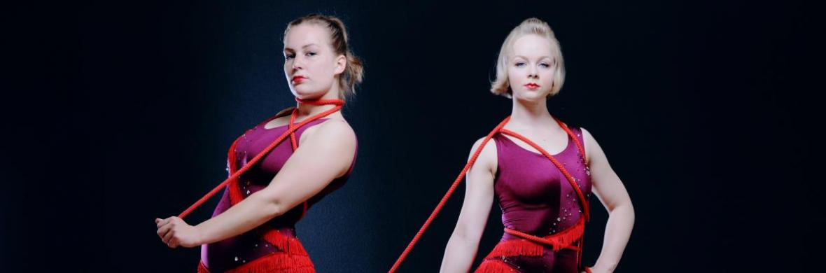Rope skipping Duo - Circus Acts - CircusTalk