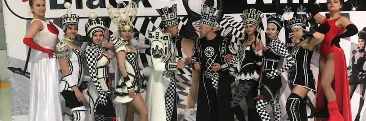 Black and White show - Circus Shows - CircusTalk