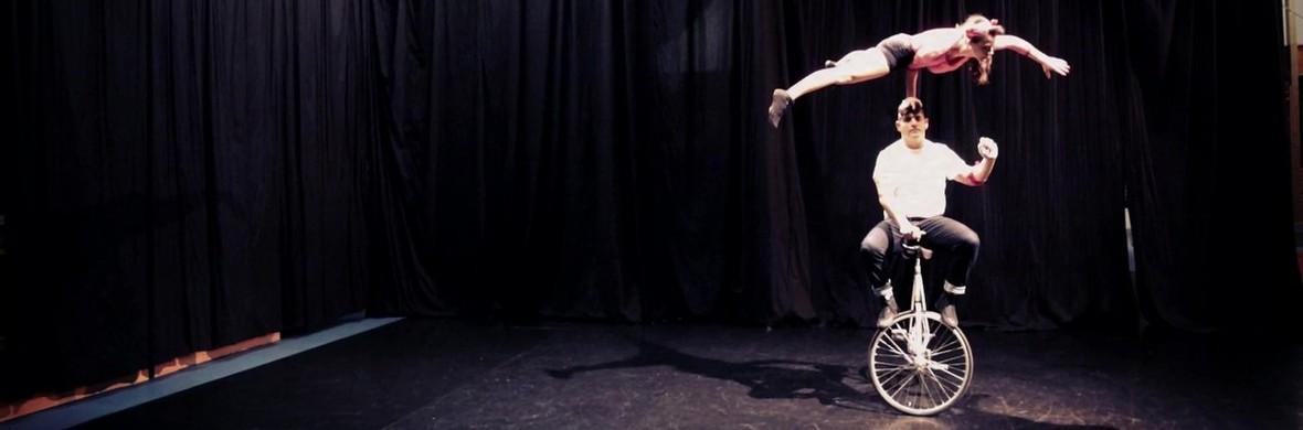 Rouge à Levres (acrobatic bicycle duo) - Circus Acts - CircusTalk