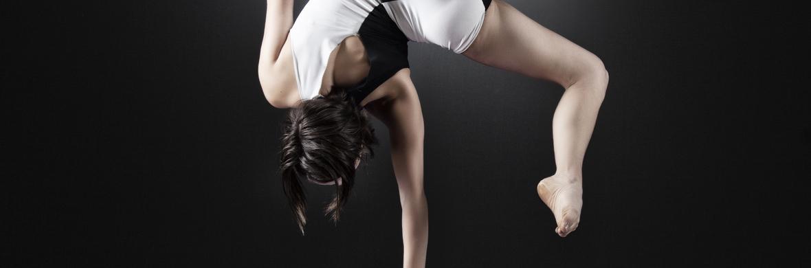 Cubatics- Handstand Showact  - Circus Acts - CircusTalk