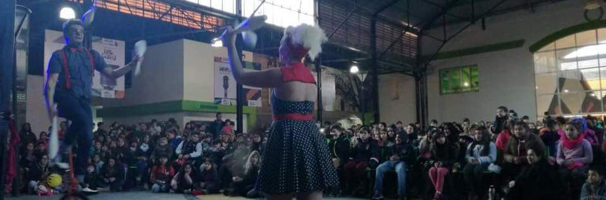 Sonica - Circus Acts - CircusTalk