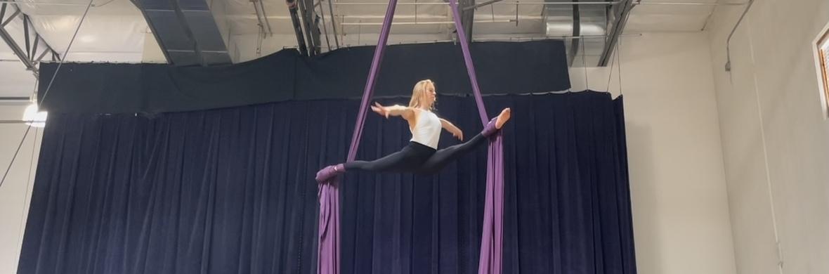 I Don't Wanna Be You Anymore - Circus Acts - CircusTalk