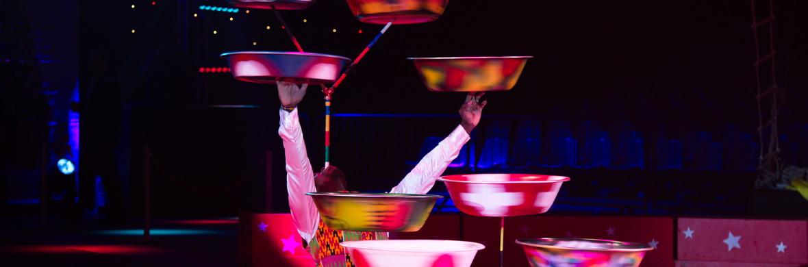 dish spinning  - Circus Acts - CircusTalk