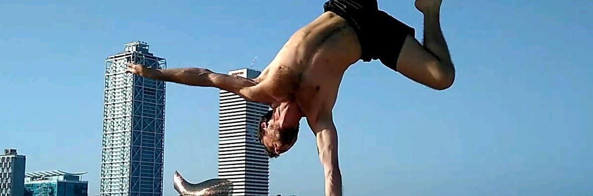 Balancin' harmony - Circus Acts - CircusTalk