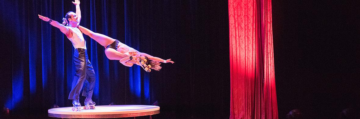 DUO MG ROLLERSKATE Skating Act  - Circus Acts - CircusTalk