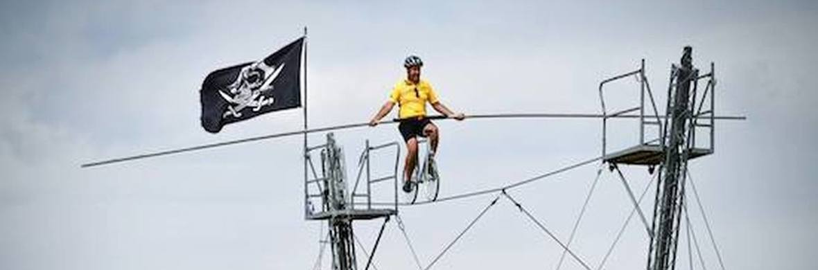 Didier Pasquette highwire act - Circus Acts - CircusTalk
