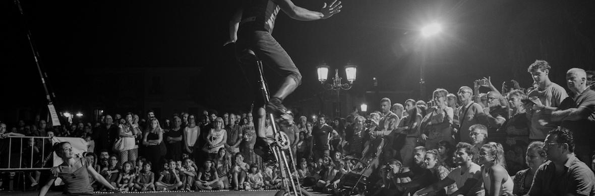contemporary circus show (street version) - Circus Shows - CircusTalk