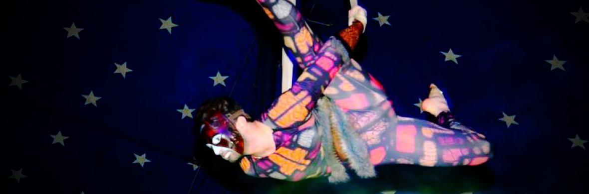 Aerial Straps (Climbing character) - Circus Acts - CircusTalk