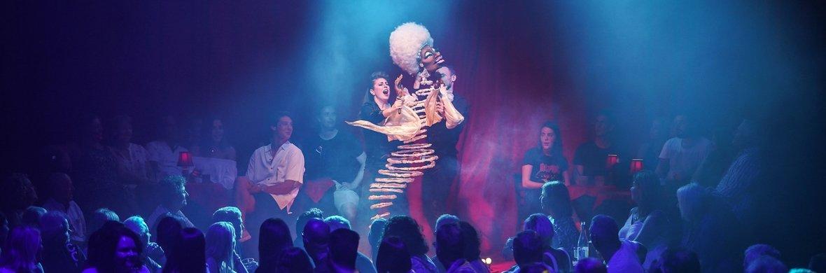Slinky - Circus Acts - CircusTalk