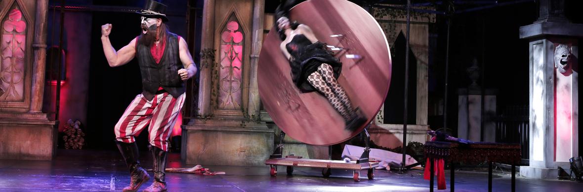 Knife throwing. crossbows. - Circus Shows - CircusTalk