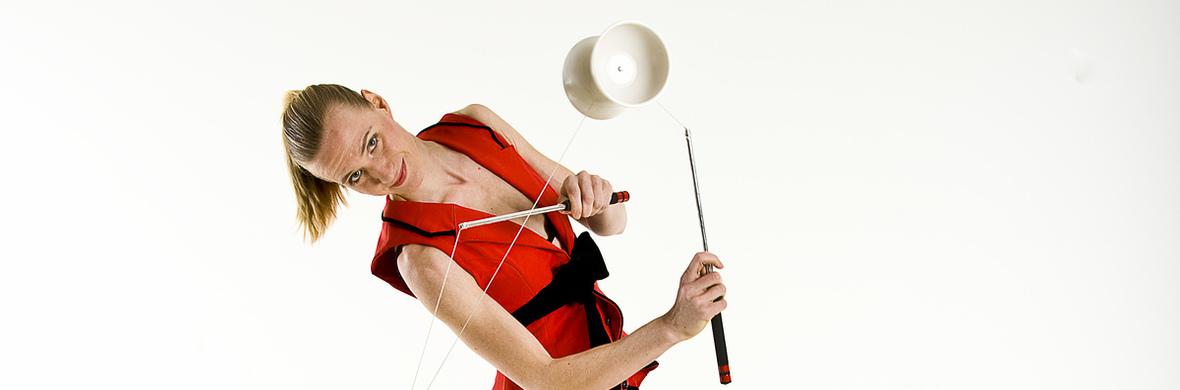 Diabolo: Lena Koehn - Circus Acts - CircusTalk