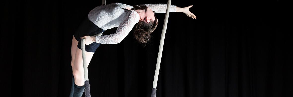 Veronica Dolhain Dance trapeze - Circus Acts - CircusTalk