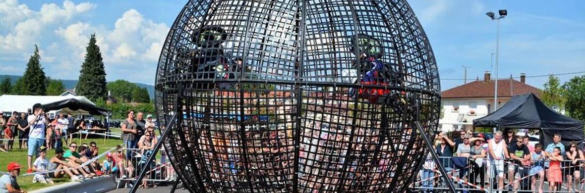 au centre du globe - Circus Acts - CircusTalk