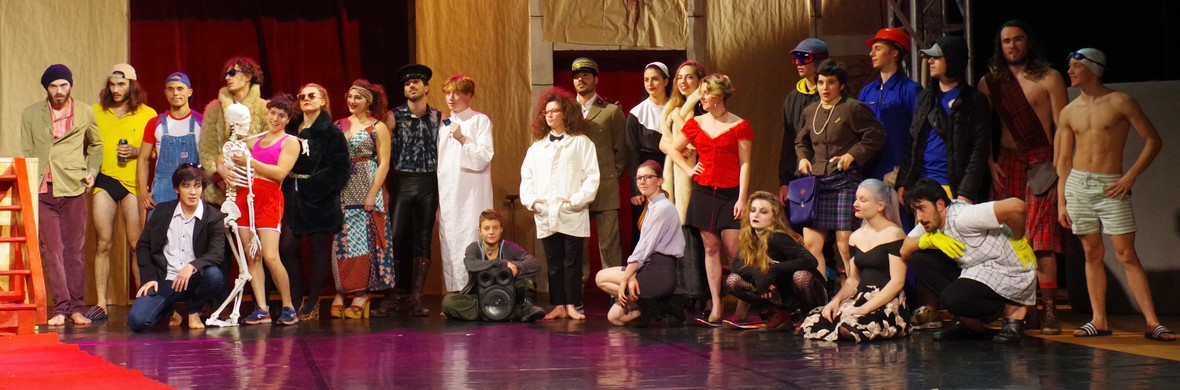 Secrets débordements - Circus Shows - CircusTalk