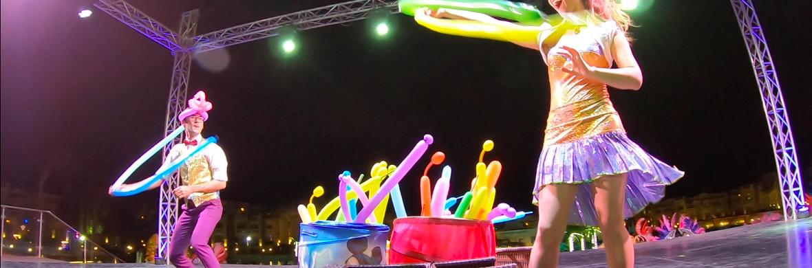 Balloon Twisting Show - Circus Acts - CircusTalk