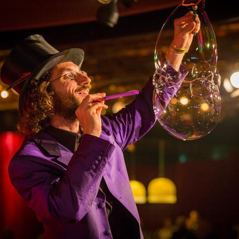 Aramis Gehberger - Individual - Austria - CircusTalk