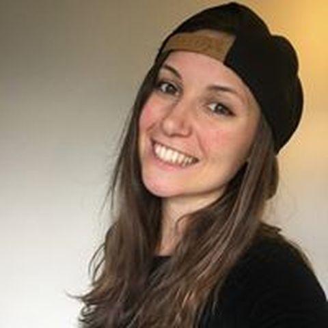 Estelle Piget - Individual - France - CircusTalk