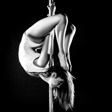 Chelsea Deering - Individual - Australia - CircusTalk