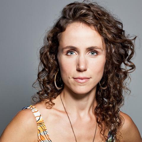 Joanna Wallfisch - Individual - Australia, United Kingdom - CircusTalk