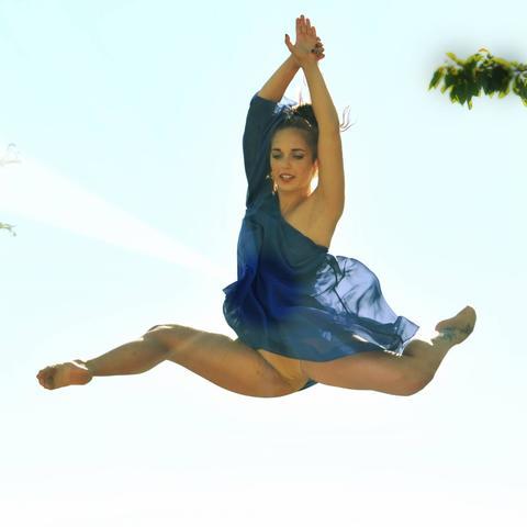 Elisa Parisi - Individual - Italy - CircusTalk