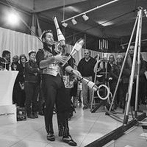Antoine Cirque Pour vous - Company - France - CircusTalk