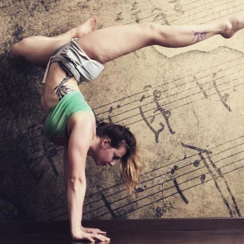 Manuela Scavazza - Individual - Italy - CircusTalk