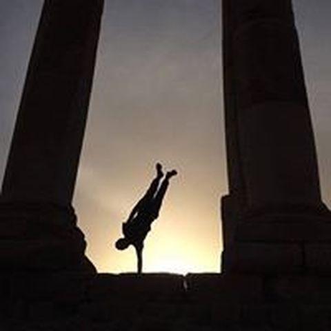 Handbalancing - Publication - Jordan - CircusTalk