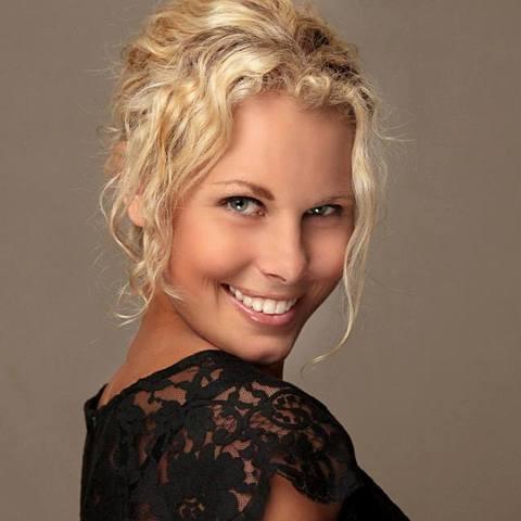 Laura Golcman - Individual - Australia, Hong Kong SAR China - CircusTalk