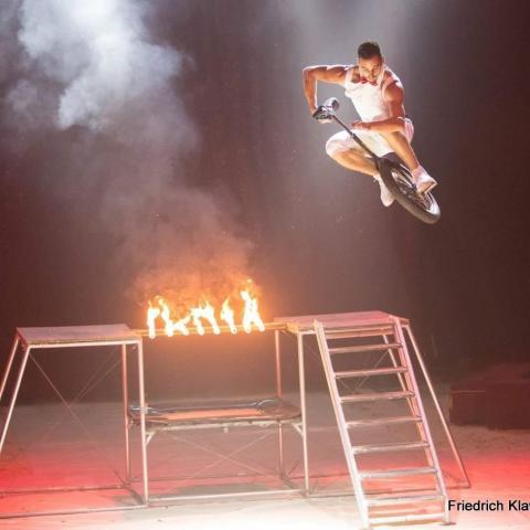 Matos Lenard - Individual - Hungary - CircusTalk