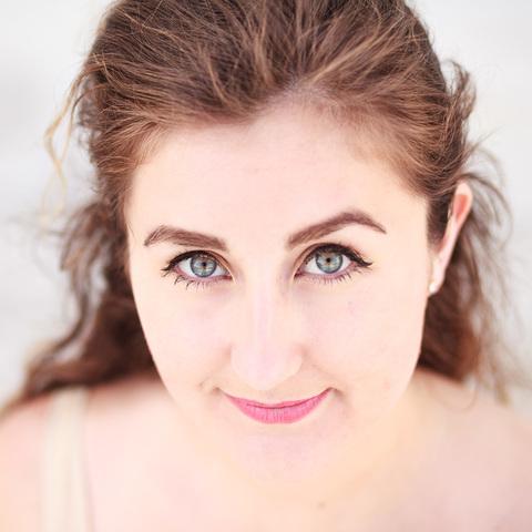 Tess Munro Pedreros - Individual - Chile, New Zealand - CircusTalk